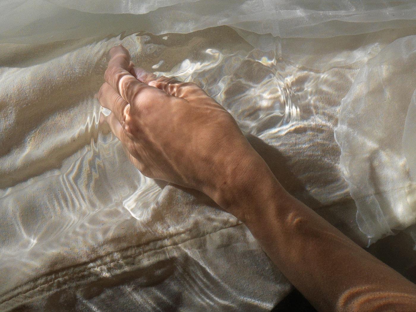 underwater artist sculpture figurative