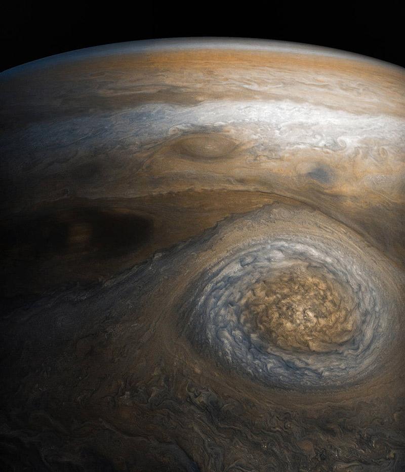 saturn as seen from voyager - image copyright NASA
