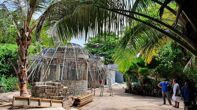 MAKERS PLACE carbon neutral plastic & aluminium recycling facility in final build stage opening in the Maldives